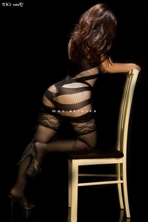 Bettina massage tantrique lovesita