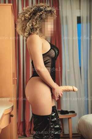 Dalilla escort girl massage sexemodel