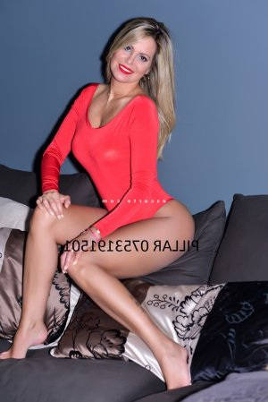 Indyra escorte girl